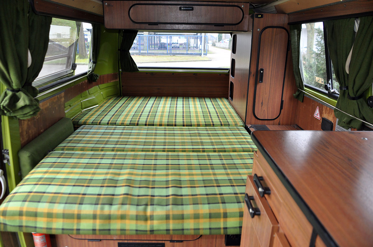 Vw bus t2 westfalia classic sterne for Interieur 51 berlin